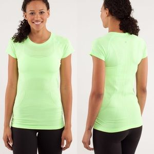 Lululemon Zippy Green Short Sleeve Swiftly Tech T